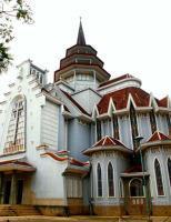 Vẻ đẹp của nhà thờ tráng lệ bậc nhất Việt Nam