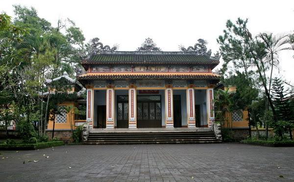 Từ Đàm - Mái chùa một thuở dấu yêu