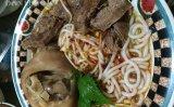 Tô bún bò Huế – món ăn ngon của người Việt tại Mỹ