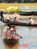 Du lịch trên sông quê
