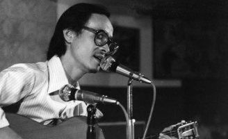 Miếng đòn định mệnh đưa võ sĩ Trịnh Công Sơn vào đời nhạc sĩ