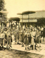 17 bức ảnh cực hiếm về các ông hoàng bà chúa Việt Nam