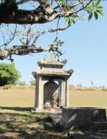 Những câu hỏi quanh tấm bia của ngôi mộ hiệp táng ở chùa Ba Đồn