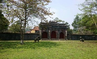 Hương Thọ, nơi an nghỉ của 2 vua, 9 chúa
