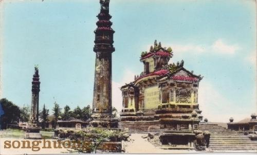 Đài Chiến sĩ trận vong - một kiến trúc nghệ thuật bên bờ sông Hương - Tạp chí Sông Hương | Tạp chí Sông Hương