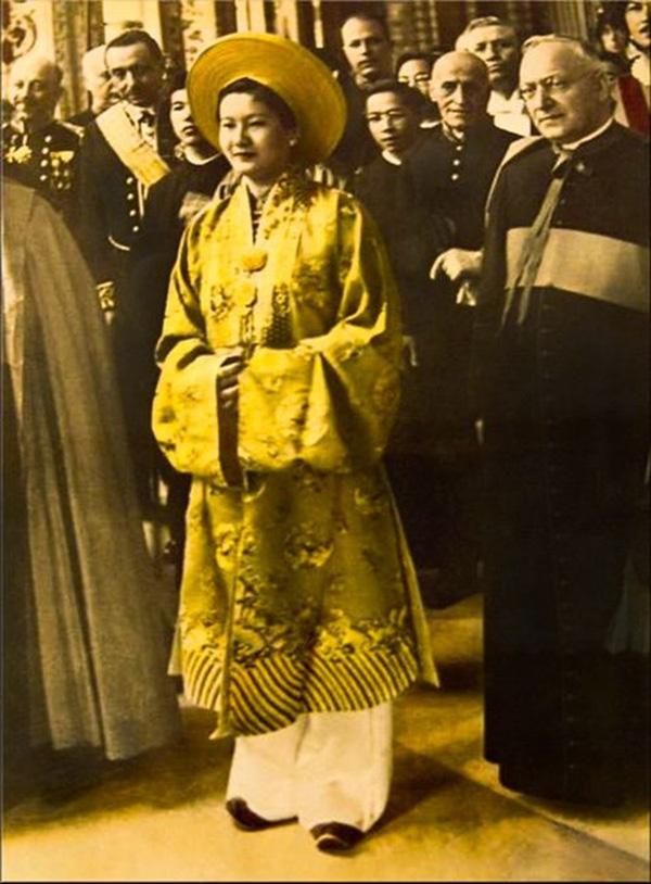 Nam-phương-Hoàng-hậu-trong-ngày-cưới
