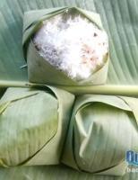 Xôi bắp gói lá chuối, món ăn sáng tuổi thơ