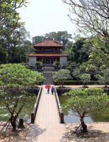 Lăng Minh Mạng – bức tranh thủy mặc