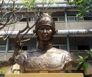 1491676491-hoang-thai-hau-tu-du-va-nhung-dieu-chua-ke-anh-1[1]