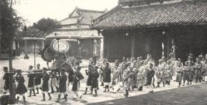 Đường Phan Đăng Lưu, giữa hai chiều thời gian