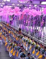 Hàng ngàn người cùng rước Phật cầu quốc thái dân an