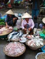 Riêng có của thịt cá Huế mình