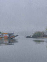 Ngắm sông Hương trong mưa