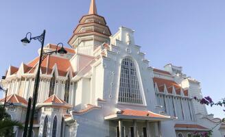Kiến trúc nhà thờ Dòng Chúa Cứu Thế, Thành Phố Huế
