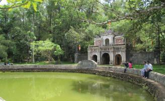 Thao thức chùa Huế…