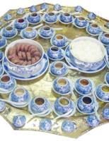 Đến Huế, thưởng thức cơm muối